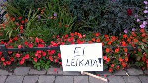 Ei leikata kukkia kun keppi katkesi 03092016 kolmas joukkovoimamiekkari WP_20160903_001